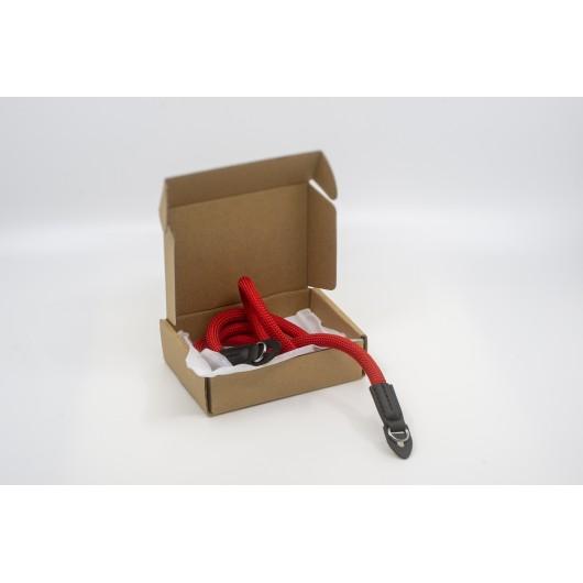 Pasek sznurkowy twardy do aparatu ARS SERIES RED - czerwony
