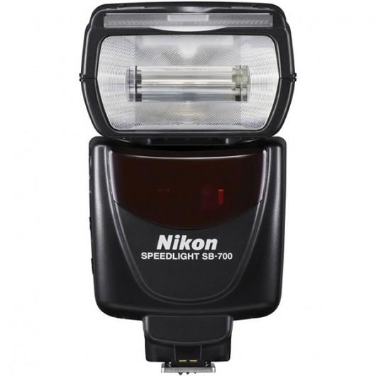 Lampa błyskowa Nikon Speedlight SB-700